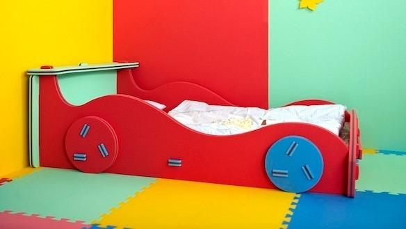 Dětská postýlky AUTO 70x140 cm